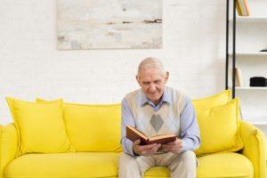 کتاب درمانی